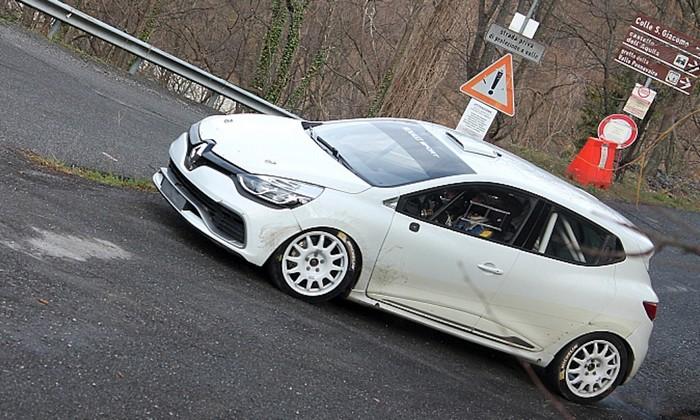 Nouvelle Renault Clio R.S. R3T pour le Champion Suisse Junior 2014 !