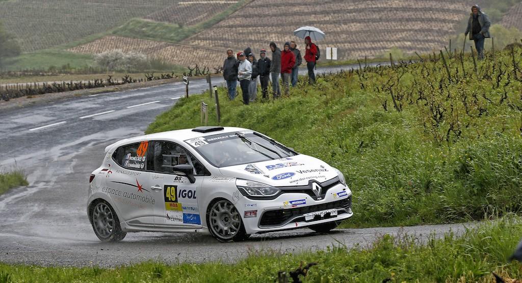 Jérôme Chavanne débute la saison de Clio R3T Alps Trophy sur les routes du Rallye du Chablais.